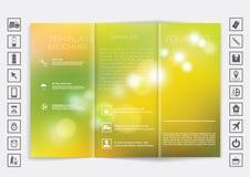 Trifold насмешка брошюры вверх по дизайну вектора Ровная несосредоточенная предпосылка bokeh Стоковое Фото