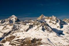Trifthorn und Einbuchtung blanche Panorama lizenzfreies stockbild