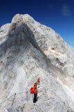 TRIGLAV, el 12 de agosto de 2017 - escaladores en el pico de Triglav, Eslovenia, Europa Fotografía de archivo