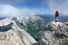 TRIGLAV, el 12 de agosto de 2017 - escaladores en el pico de Triglav, Eslovenia, Europa Fotos de archivo