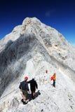 TRIGLAV, o 12 de agosto de 2017 - montanhistas no pico de Triglav, Eslovênia, Europa Imagem de Stock Royalty Free