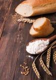 Trigo, harina y pan Imagen de archivo libre de regalías