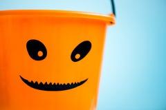 Trikowy lub funda Pusty Halloweenowy wiadro Przygotowywa dla cukierku Tre Obrazy Stock