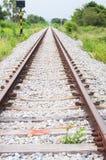 Trilha de estrada de ferro na distância Fotografia de Stock