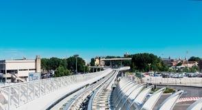 Trilha do monotrilho de Piazzale Roma à ilha de Tronchetto em Veneza Fotos de Stock