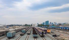 Trilha do trem, estação de caminhos-de-ferro imagem de stock royalty free