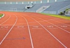 Trilha e estádio Running Foto de Stock Royalty Free
