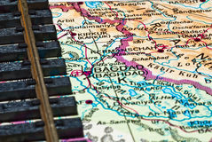 Trilha Railway e mapa de Bagdade Imagens de Stock Royalty Free