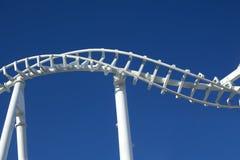 Trilha torcida do roller coaster fotografia de stock royalty free