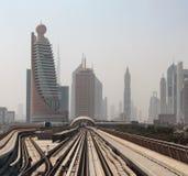 Trilhas do metro do metro em Emiratos Árabes Unidos Fotografia de Stock