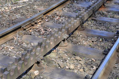 Trilhas do trem da roda denteada fotos de stock royalty free