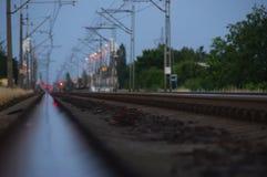 Trilhas Railway no crepúsculo Imagem de Stock Royalty Free