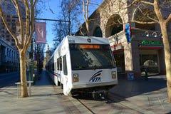 Trilho da luz de VTA em San Jose, Califórnia, EUA Imagens de Stock