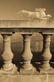 Trilhos concretos do beira-mar do Sepia Foto de Stock