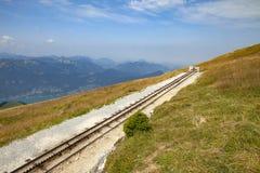Trilhos de Schafbergbahn Fotografia de Stock Royalty Free