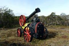 Trilladora del vapor en la tierra del fuego imágenes de archivo libres de regalías