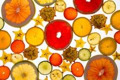 Trillende achtergrond van doorzichtig gesneden vers fruit royalty-vrije stock afbeelding