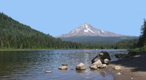 Trillium Lake & Mt Hood Panorama Royalty Free Stock Photography