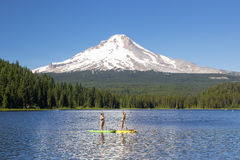 Trillium Lake summer activity and fun Royalty Free Stock Photos