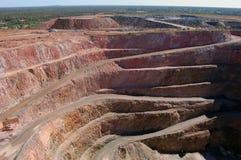 Trincea a cielo aperto della miniera di oro Immagini Stock