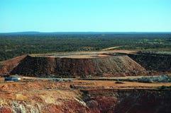 Trincea a cielo aperto della miniera di oro Fotografia Stock