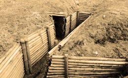 Trincee della seconda guerra mondiale. Seppia. Fotografie Stock