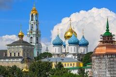 Trindade Lavra de St Sergius em Sergiyev Posad, Rússia imagem de stock