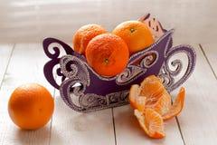 Trineo con las naranjas imagen de archivo libre de regalías