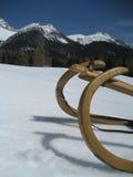 Trineo en nieve en el Tirol/el Tyrol imagenes de archivo