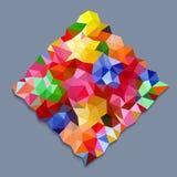 Triángulos del color del arco iris en forma cuadrada en fondo gris Foto de archivo libre de regalías