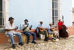 TRINIDAD KUBA, Listopad, - 5, 2015: Grupa muzyk sztuka na Zdjęcia Royalty Free