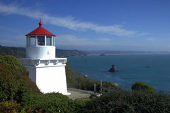 Trinidad Lighthouse et port Image stock