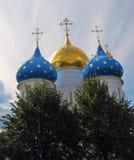 Trinidad Sergius Lavra, Sergiev Posad, Rusia Iglesia de Dormition Foto de archivo libre de regalías