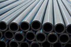 Trinkbares Rohr des HDPE, HDPE-Rohrleitung, Lagerung des HDPE-Rohres, HDPE-Zacken Lizenzfreie Stockfotos