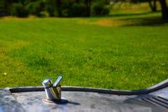 Trinkbrunnen im Park Stockfotografie