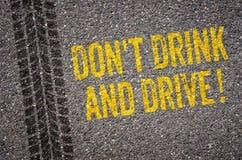 Trinken Sie nicht und treiben Sie an Lizenzfreie Stockfotos