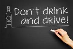 Trinken Sie nicht und treiben Sie an! Stockfoto