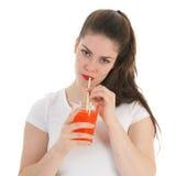 Trinkende Limonade des Mädchens Stockfotografie
