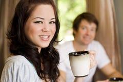 Trinkender Kaffee Lizenzfreie Stockfotografie