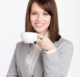 Trinkender Kaffee der Geschäftsfrau lizenzfreies stockfoto