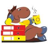 Trinkender Kaffee des Pferdegeschäftsmannes Stockfoto