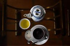 Trinkender Kaffee in Vietnam lizenzfreies stockfoto