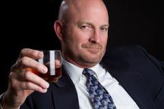 Trinkender Mann Stockfoto