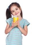 Trinkender Saft des Mädchens stockbild