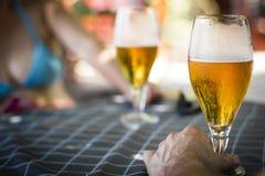 Trinkendes Bier Lizenzfreies Stockbild
