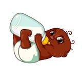 Trinkmilch des netten Afroamerikanerbabys Lizenzfreie Stockbilder