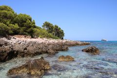 Trinkwassermeer in Cala Agulla, Spanien Lizenzfreie Stockfotografie