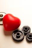 Trinquetes y corazón rojo Fotos de archivo libres de regalías