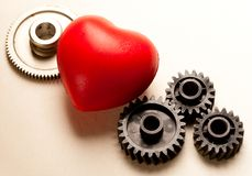 Trinquetes y corazón rojo Imágenes de archivo libres de regalías