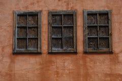 Trio de fenêtre de carlingue photographie stock libre de droits